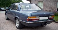 BMW E28, вид сзади